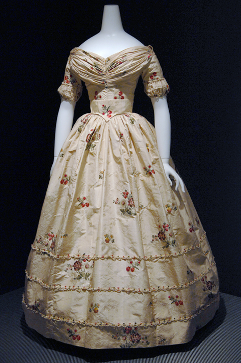 18th century modified gown