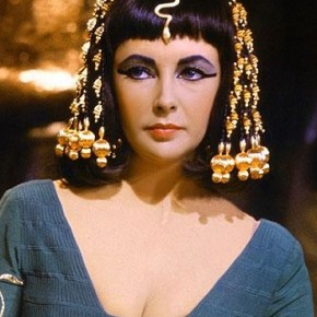 Cleopatra & Egyptian Fashion in Film